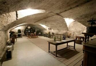 Caves du Château de Javernand