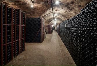 La cave de vieillissement du Champagne A.R Lenoble