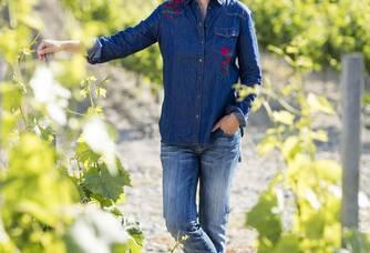 La vigneronne au coeur des vignes !