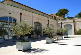 La cour intérieure du Château Léoube