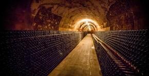 La cave du domaine des champagnes Guy Charbaut
