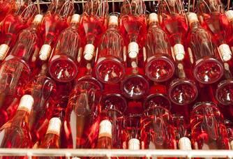 Les bouteilles de rosé Les Demoiselles de Pallus